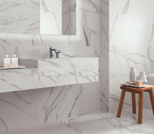 Pavimento effetto marmo bianco statuario fap ceramiche - Piastrelle gres porcellanato effetto marmo ...
