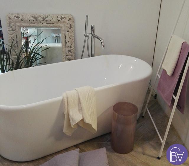 Vasca da bagno design bagni d autore for Vasca centro stanza