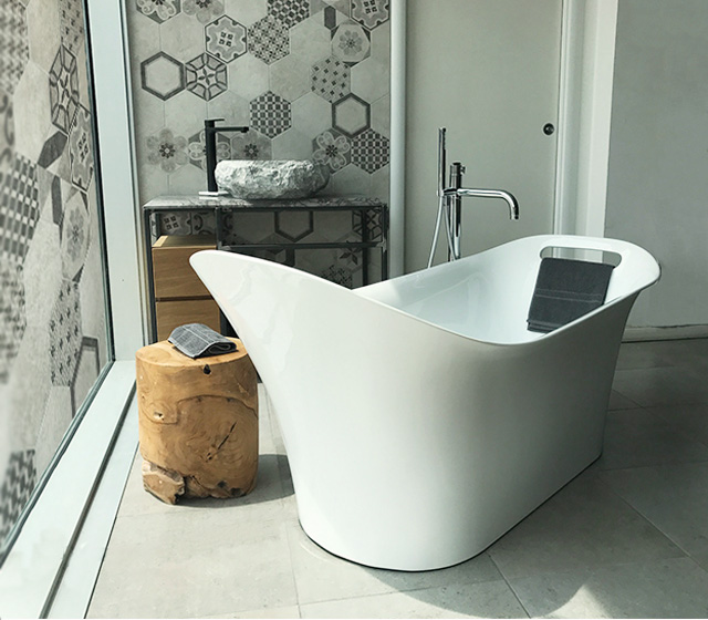 Vasca design centro stanza carezza 160x70 h 75 60 cm - The dreamers vasca da bagno ...