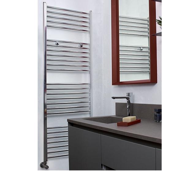 Scaldasalviette minimale verticale classic bath for Architecture minimale