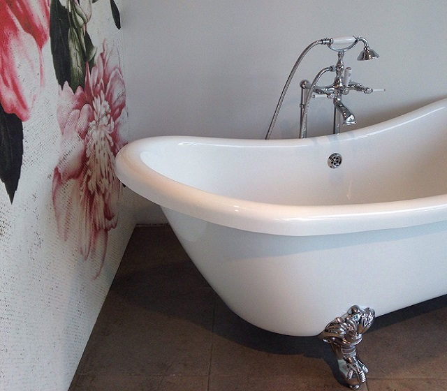 Vasca da bagno inglese vivaldi per bagni chic - Vasca da bagno con piedini prezzi ...