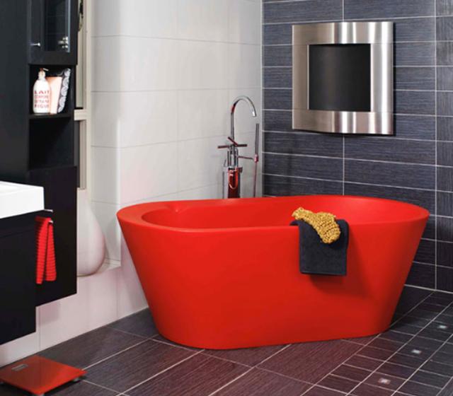 Vasca da bagno centro stanza colorata luce for Vasca centro stanza