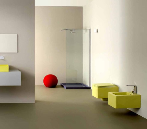 Bidet sospeso colorato Nic Design-Cool