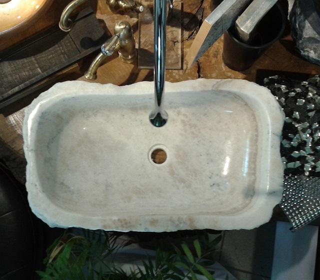 Lavabo in pietra e in marmo prodotti unici e artigianali - Lavabo pietra bagno ...