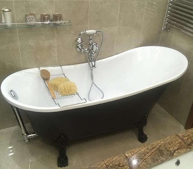 Vasca con piedini vasca da bagno retr color freestanding con piedini colorati - Vasca da bagno retro ...