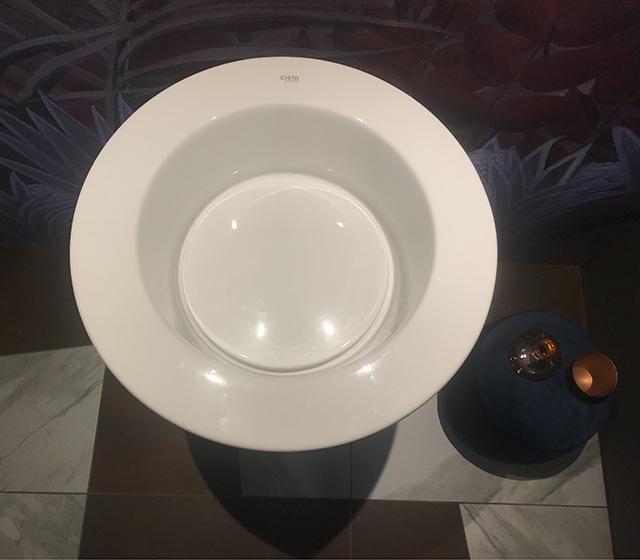 Lavabo Ceramica Per Bagno.Offerte Arredo Bagno Lavabo Ceramica Cielo Amedeo Tondo