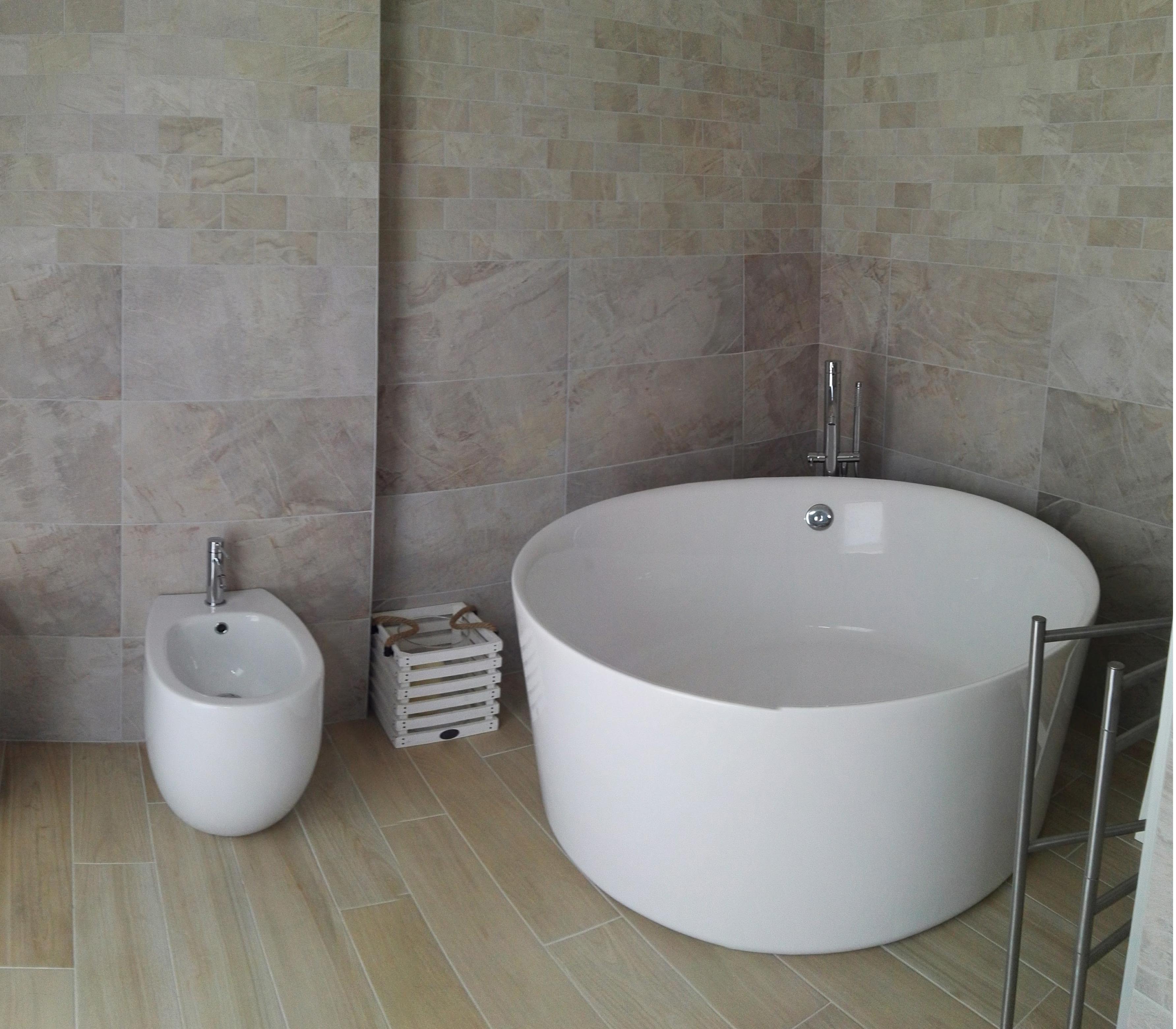 Vasca da bagno freestanding centro stanza Catino